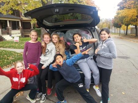 20141107_111820Withrow Coat Drive Grade 6 Helpers